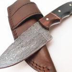 Handmade Damascus Steel skinner knife Rose wood Buffalo Horn handle