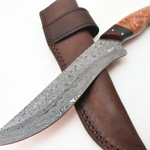 Handmade Damascus Steel Rose Wood Olive Wood Handle Hunting Knife