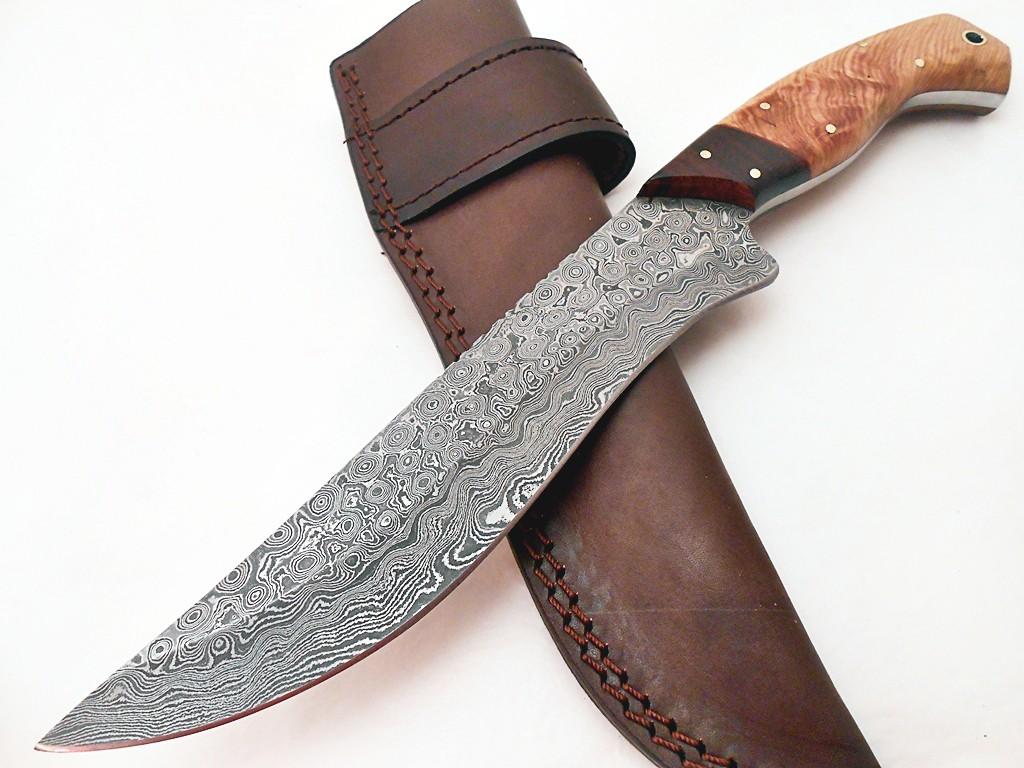 Handmade Damascus Steel Rose Wood Olive Wood Handle Hunting Knife