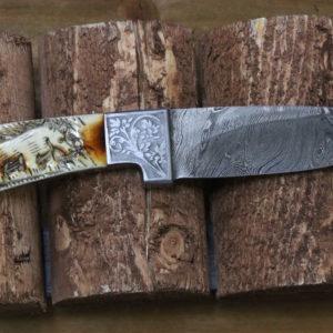 Handmade detailed hand engraved camel bone steel handle bear, Bull horn, Full Tang steel blade