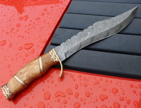 Handmade Bowie hunting Damascus Knife Olive wood handle