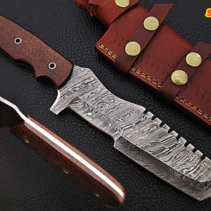 "11"" Damascus steel tracker knife"