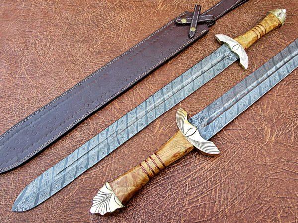 Handmade Damascus Defender Sword engraved Brass Bolster Olive Wood Handle