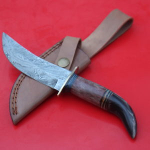 Handmade Damascus Buffalo Horn Colored Bone Handle skinner