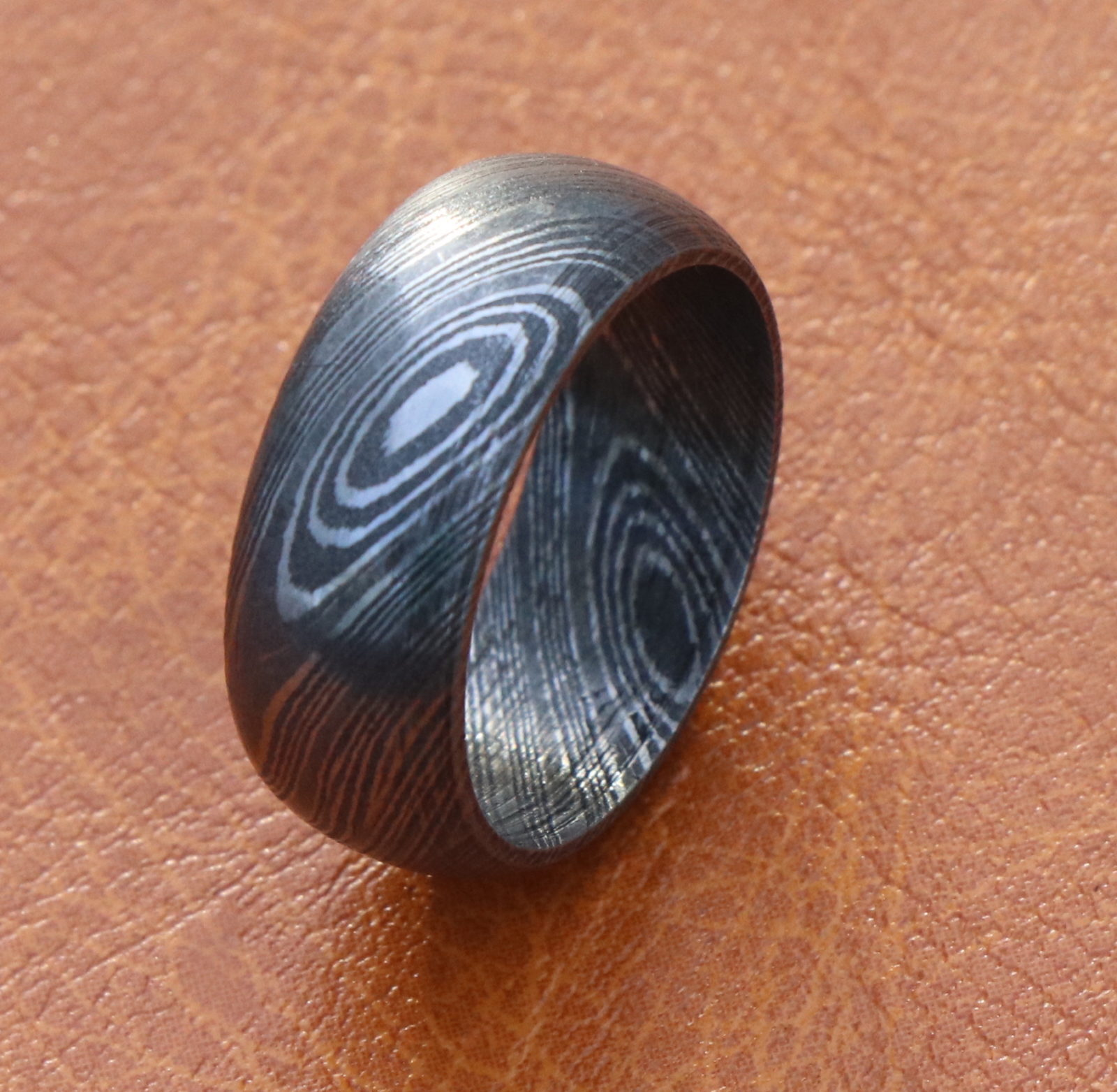 Damascus steel men Domed Band