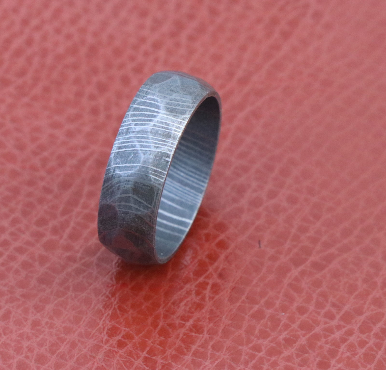 Damascus Steel Ring Men Wedding Band Hammered Rock