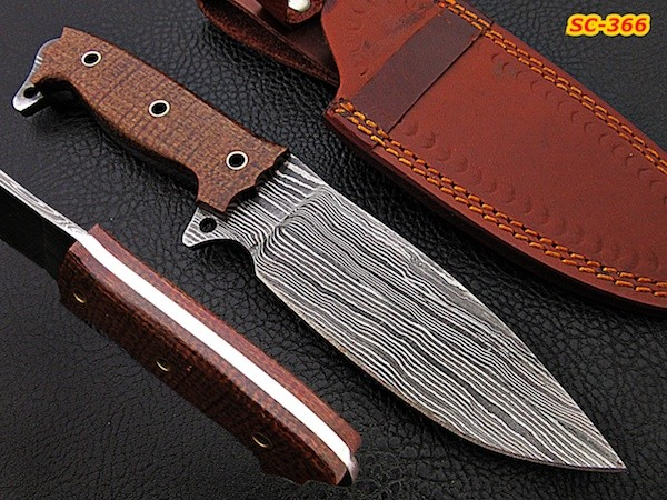 Handmade Damascus steel camping knife