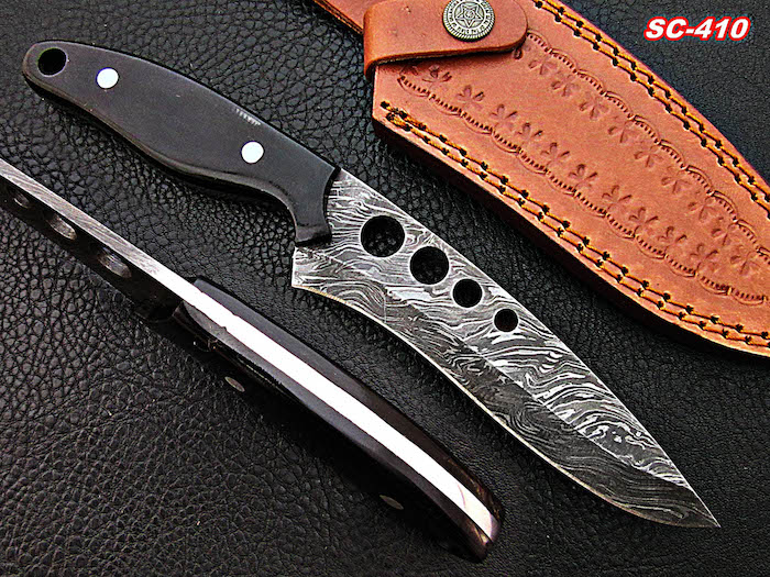 Damascus skinner Damascus and Buffalo Horn