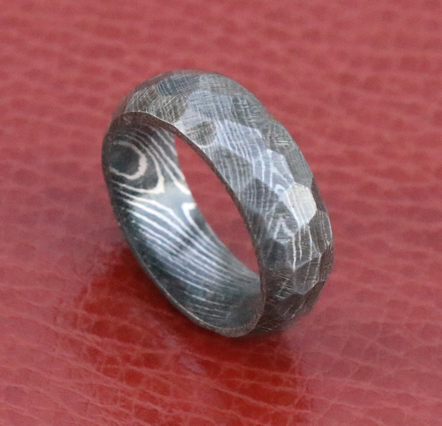 Men Hammered Rock Damascus Steel Wedding Ring