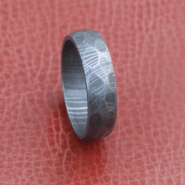 Men Damascus hammer rock wedding ring