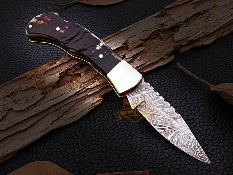 7 inches Damascus steel pocket folding sheep horn  knife