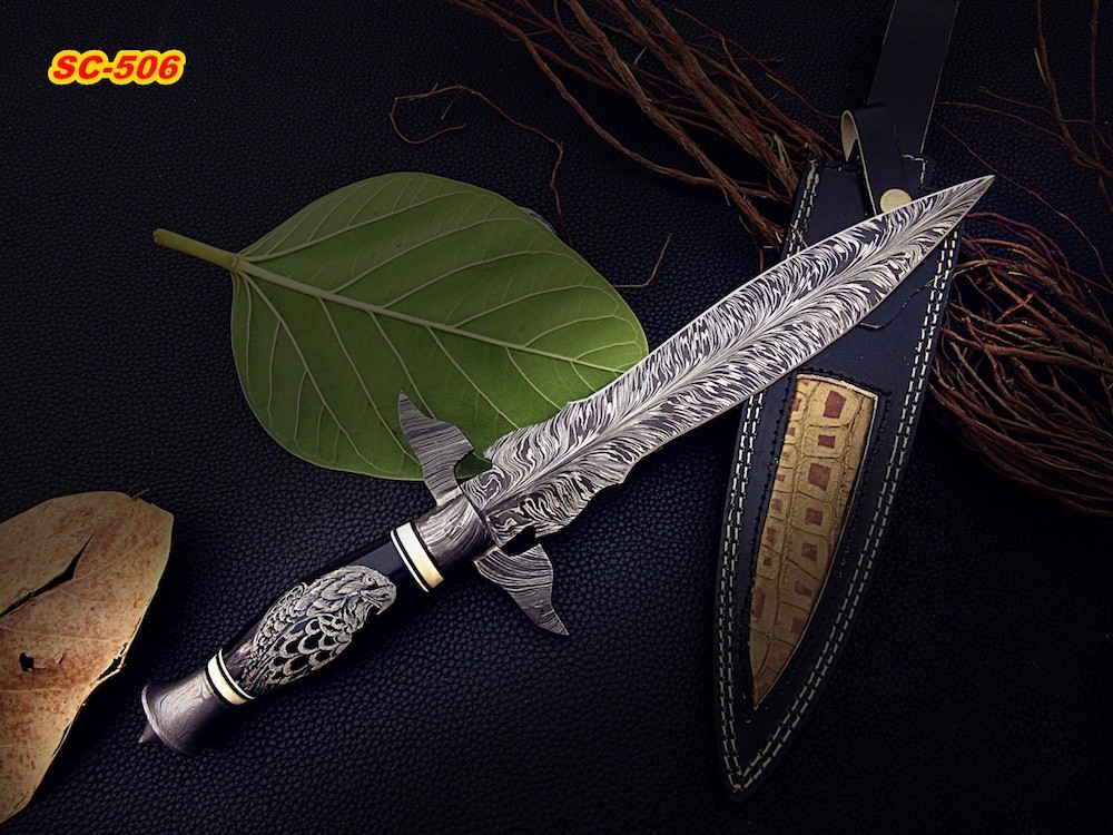 Damascus Steel Dagger Knife Bull Horn Handle Scrimshaw Eagle