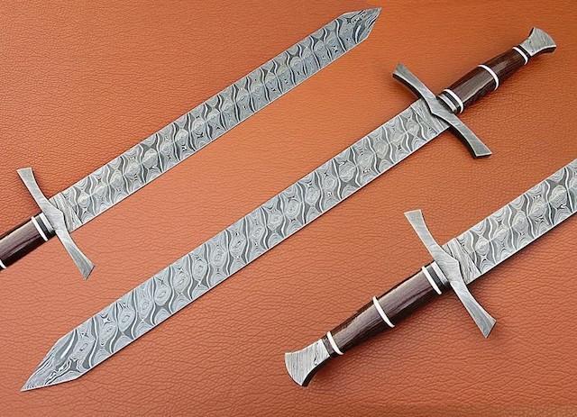 Handmade Damascus Defender Sword Damascus Bolster Wenge Wood handle