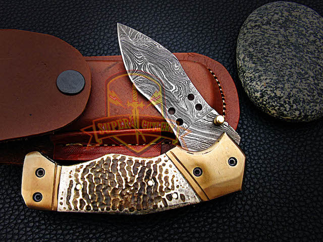 Damascus steel folding knives Turtle skin