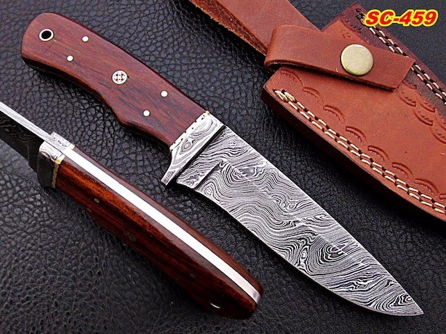 Damascus steel Bowie skinner knives