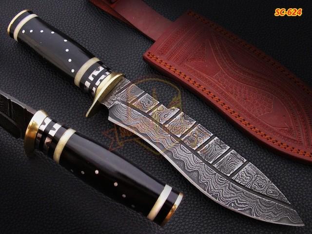Damascus Steel hunting Knife Bull Horn Handle