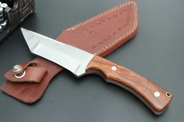 Skinner knife d2 steel