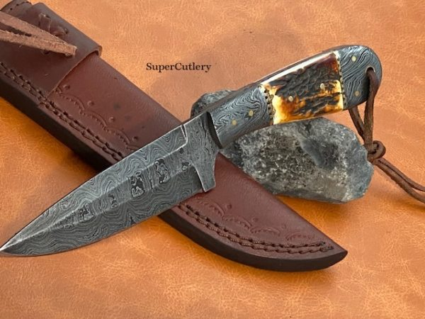 Hand Forged Damascus stag Skinner knife